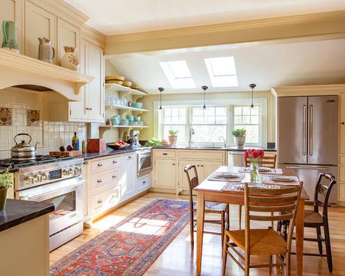 cdb17b0006a7ed6b_1470-w500-h400-b0-p0-farmhouse-kitchen
